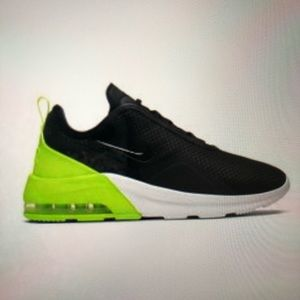 Nike Air Max Motion 2 Lifestyle Running Shoes